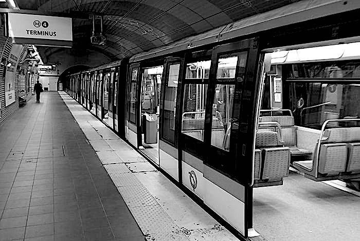 Paris-Metro-Train